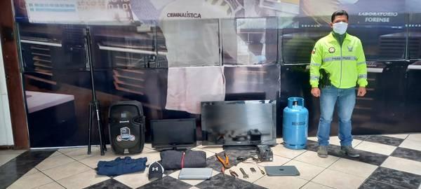 Robo de una vivienda en el sector del barrio Modesto Arrieta.. http://LAPRENSA.COM.EC