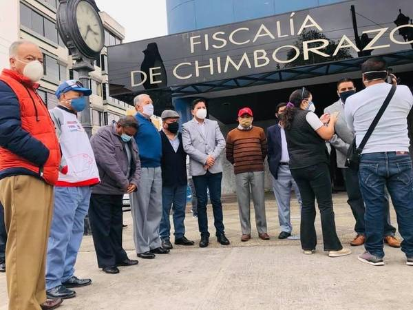 Ataques a la Comisión Anticorrupción de Chimborazo https://laprensa.com.ec.
