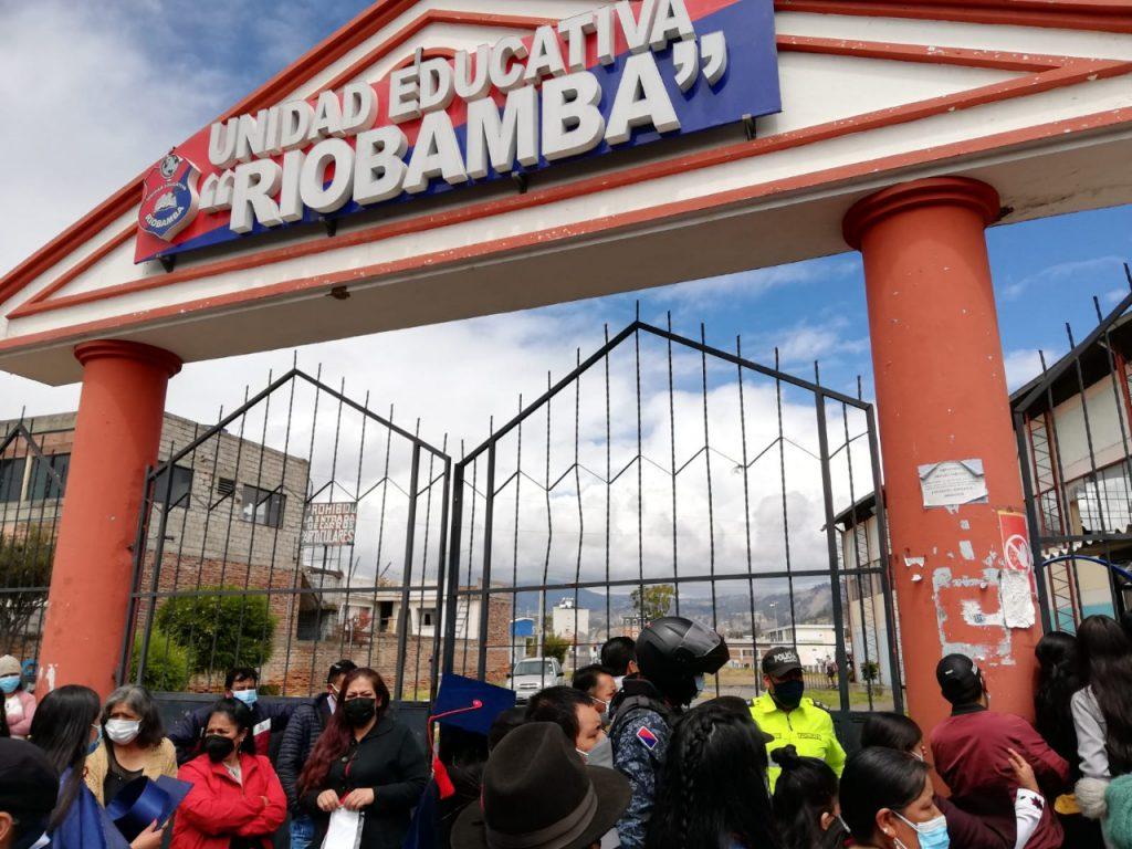 Graduaciones presenciales Riobamba